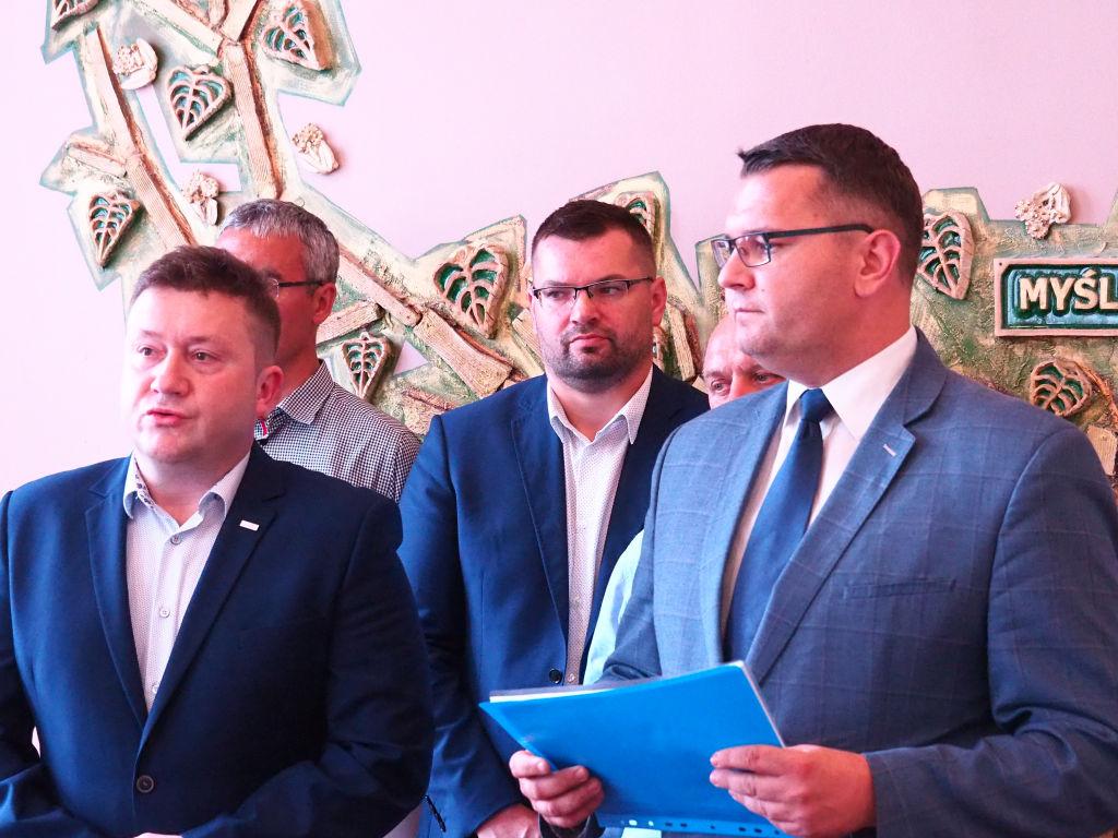 Przerwana sesja Rady Miejskiej w Myślenicach