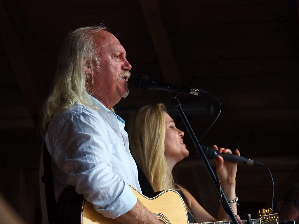 Andrzej Sikorowski z córką Mają zagrał koncert w Lubniu