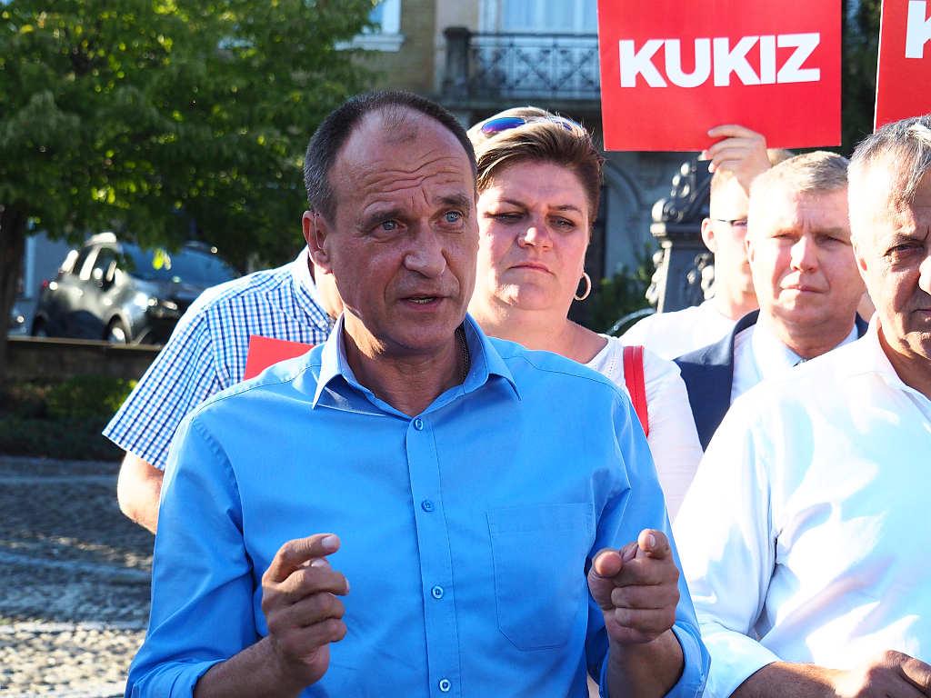 Paweł Kukiz na myślenickim rynku