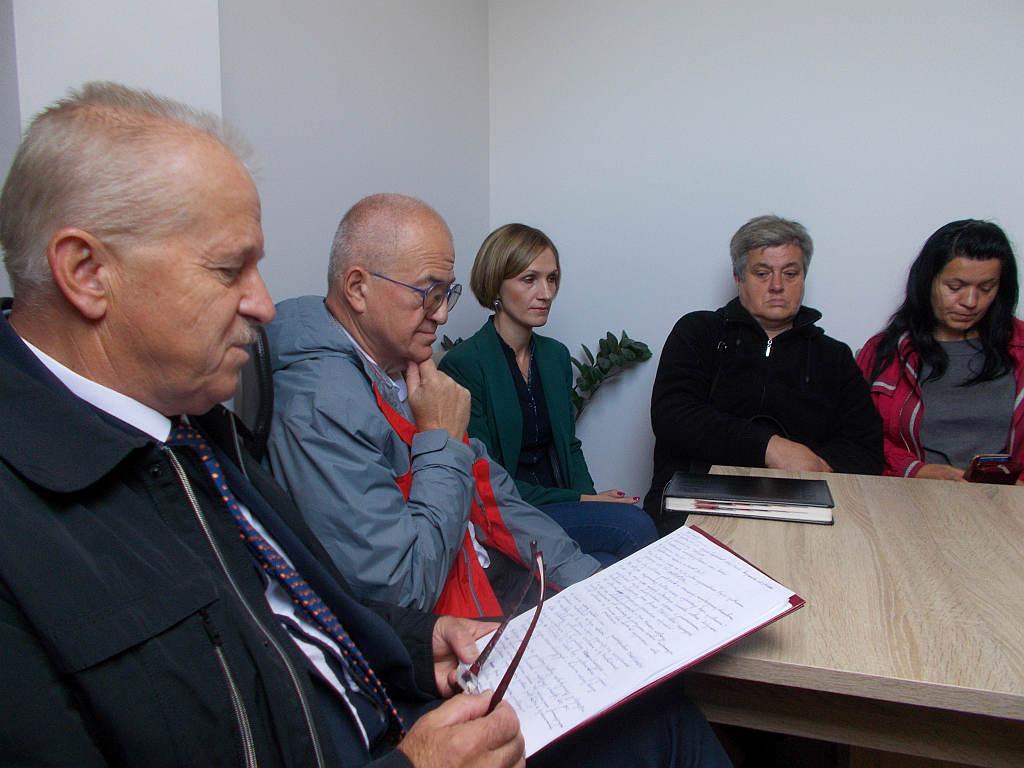 Firma śmieciowa, a mieszkańcy Zegartowic – kontrowersje i obietnice