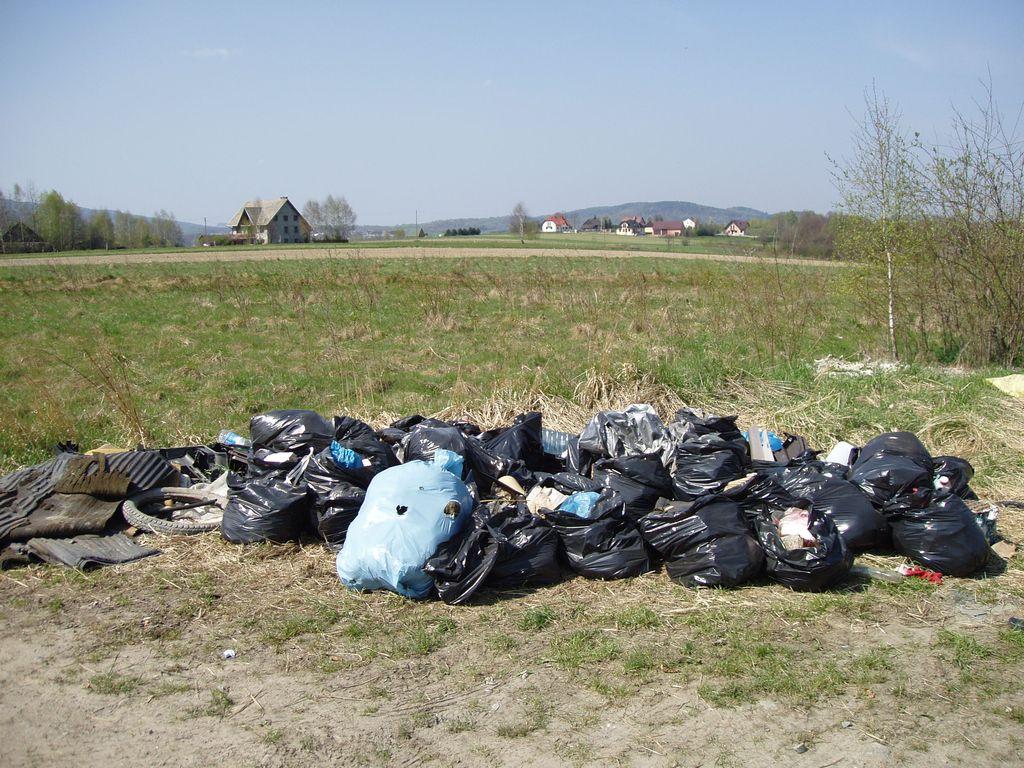 """""""Nie"""" – dla dzikich wysypisk śmieci"""