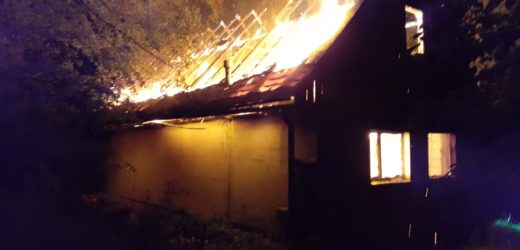 Pożar budynku niezamieszkałego w Zawadzie