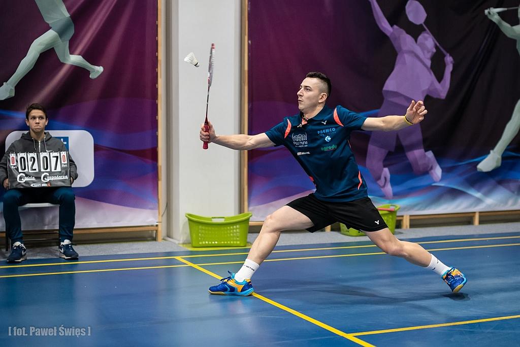 Tomasz Matoga wygrywa w Tarnowie
