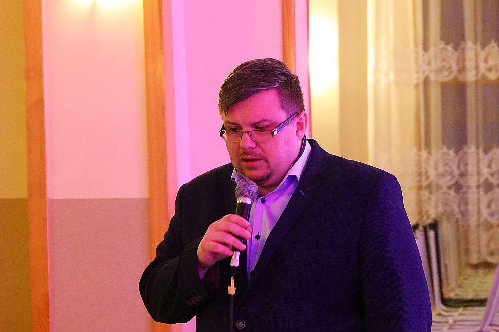Dr Piotr Sadowski i jego nowa książka