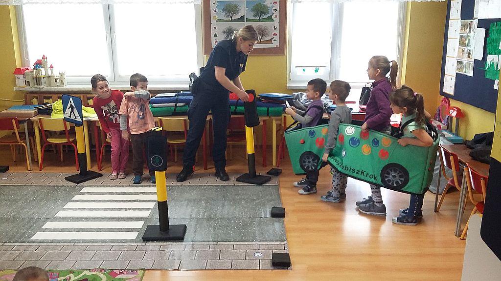 Strażnicy miejscy w przedszkolu