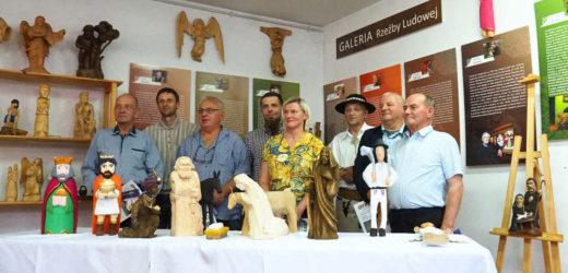 Wernisaż rzeźby poplenerowej w Skomielnej Czarnej