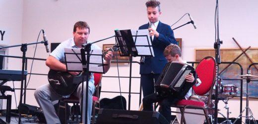 Rodzinne muzykowanie w dobczyckim RCOS-ie