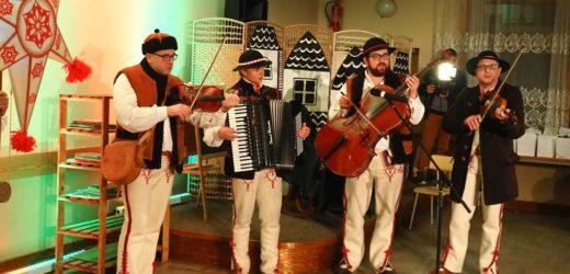 Świąteczne Spotkanie z Kulturą w pcimskim GOKiS